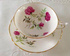 Paragon China Tea Cup & Saucer Teacup Set