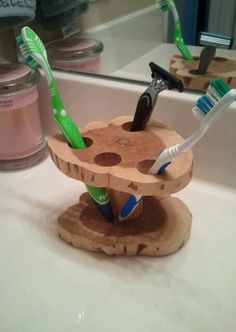 Natural Shaped Cedar Tooth Brush Holder
