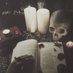 Book of Shadows, Alter, Candles