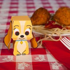 Free Lady Papercraft from Lady & the Tramp/// Tramp printable - http://spoonful.com/printables/tramp-cutie-papercraft
