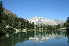 Ibón de Escarpinosa    Ibones    Los lagos pirenaicos que delatan el origen glaciar del entorno natural donde se ubican salpican el norte de la provincia de Huesca.
