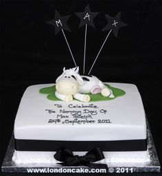 003955 Naming Day Celebration Cake with handmade sugarpaste Cow & wired Stars.jpg 919×1,000 pixels