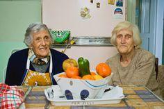 Las Tías Pighín,dos hermanas,llenas de amor,conocidas por todo el pueblo y gente de la zona.