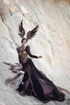 yallamann: Ophelia Overdose Fashion+armour Model, make-up, retouch: Model Ophelia Overdose Photo: Moritz Maibaum Photography Fashion: Fairytas