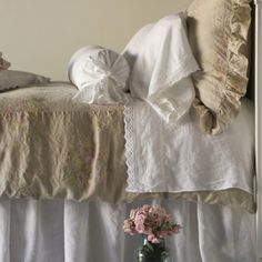 Burlap and white linen bedding