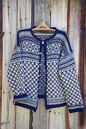 Ravelry: Bøvertun Original by Lene Holme Samsøe og Liv Sandvik Jakobsen Double Knitting, Lace Knitting, Knit Crochet, Fair Isle Pullover, Knit Stranded, Norwegian Knitting, Fair Isle Knitting Patterns, Nordic Sweater, Fair Isles