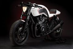 Custom Honda CB750 Cafe Racer