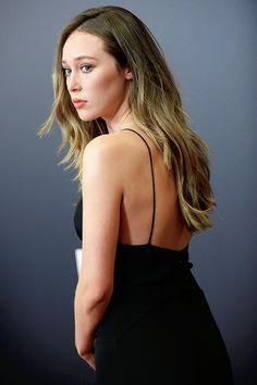 "adcedit: ""'Fear the Walking Dead' Season 2 Premiere "" Alicia Clark, Alycia Jasmin Debnam Carey, 70s Inspired Fashion, Clarke And Lexa, Stupid Girl, Show Beauty, Eliza Taylor, Cute Beauty, Hot Actors"