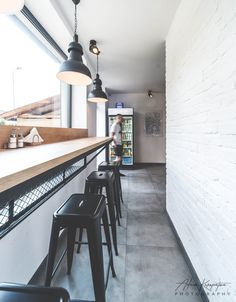 Realizacja wnętrz BERLIN KEBAB w Katowicach - architekt Bytom, Katowice Döner Restaurant, Restaurant Kitchen Design, Restaurant Interior Design, Coffee Shop Interior Design, Coffee Shop Design, Cafe Design, Cozy Coffee Shop, Small Coffee Shop, Cafe Exterior