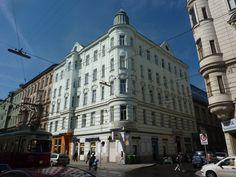 Unser Sprachinstitut in Wien befindet sich in einem wunderschönen Altbau aus dem 19. Jahrhundert gegenüber dem Alten AKH in 1090 Wien.