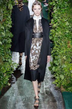 Valentino F/W 2014.15 Haute Couture.