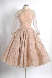 Love vintage and Hemlock Vintage has some gorgeous stuff!