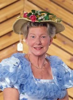 Minnie Pearl (1912 - 1996) Country comedienne, known for the price tag hanging from her hat