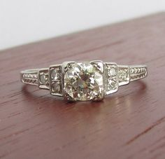 Art Deco Diamond Engagement Ring VVS1 Center Stone - Solid 18k White Gold - GIA Appraisal Included 2,420 usd