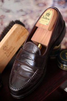 """Ahh, them nor'weejuns: """"Alden Shell Cordovan Leisure Handsewn Moccasin"""""""