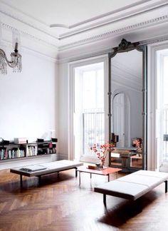 インテリアの一部として壁一面を鏡にする。インパクトのあるインテリアでワンランク上を目指そう! design t…
