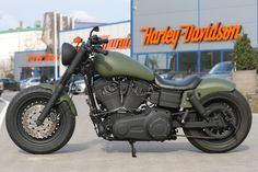 Wrinkled Bob   Harley-Davidson Dyna Fat Bob