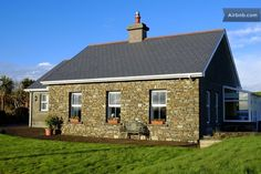 Hillside Cottage- Clonakilty, Ireland