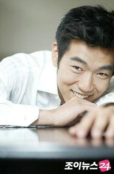Lee Jong Hyuk 1