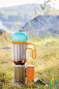 The BioLite CampStove Bundle gives you a full off-grid cooking and charging experience using only the sticks and twigs around you. The heat from your mini campfire is converted into usable electricity, allowing you to charge up your phone, headlamp, or other gear.