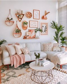 Living Room Decor Inspiration, Boho Living Room, Cute Living Room, Living Room Ideas, Cozy Living, Living Room With Rug, Living Room Decor College, Living Room Vintage, Living Room Decorating Ideas