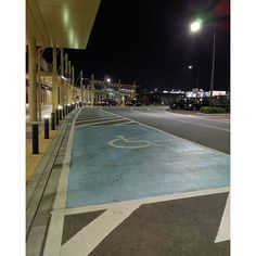 Instagram【takeshi0808】さんの写真をピンしています。 《タクシー乗り場と車椅子の方専用スペース🚕♿ #ig_nihon #jp_gallery #icu_japan #nihon #tokyocameraclub #team_jp_西 #team_jp_ #loves_nippon #lovers_nippon #far_eastphotography #japan_photo_now #bestjapanpics #japan_night_view #phos_japan #with_precious #wu_japan #wp_photo_club #ファインダーは私のキャンバス #帰り道 #東京カメラ部 #nexus6p #夜 #igersjp #高岡 #光 #夜景 #夜景ら部 #影 #キタムラ写真投稿》