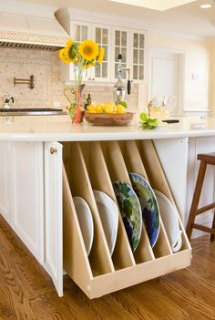 A single, full-size pullout behind cabinet doors provides room for larger platters.