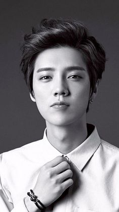 Image about kpop in luhan by gabi on We Heart It