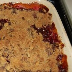 A cherry crisp using sour pie cherries that has an oatmeal crunch topping. This is delicious warm from the oven with ice cream. Fresh, frozen, or canned cherries may be used. Crunch Recipe, Crumble Recipe, Crisp Recipe, Cherry Recipes, Fruit Recipes, Dessert Recipes, Nutella Recipes, Cherry Crumble, Snacks
