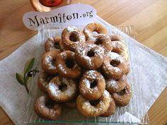 Petits Donuts - Recette de cuisine Marmiton : une recette