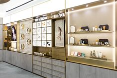 Jewelry Store Design, Retail Concepts, Cosmetic Design, Store Interiors, Environmental Design, Shop Window Displays, Luxury Shop, Display Design, Retail Design