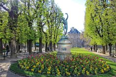 Paris In Spring Pictures : The Good Life France