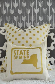 New york state pillow and printables at tatertots and jello... LOVE NYC!