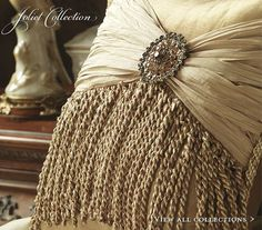 Pillow jewel embellished & tassel trim ♡◇