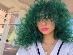 """Girl with the green hair real weirdo""😝😝 Curly Weave Hairstyles, Pretty Hairstyles, Curly Hair Styles, Natural Hair Styles, Pretty Hair Color, Corte Y Color, Hair Laid, Coloured Hair, My Hairstyle"