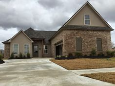 Exterior of the Marbury II B floor plan at Shadowbrook Lake in Baton Rouge, LA. #LevelHomes