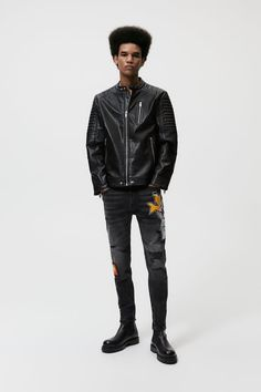 ΤΖΙΝ ΜΕ ΣΚΙΣΙΜΑΤΑ ΚΑΙ ΜΠΑΛΩΜΑΤΑ - Μαύρο | ZARA Greece / Ελλαδα Zara, Man Fashion, Leather Jacket, Jackets, Moda Masculina, Studded Leather Jacket, Down Jackets, Leather Jackets, Fashion Men