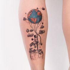 Tattoo @robcarvalhoart - Tatuagem | Viajar | Tattoo viagem | World | | Travel | Desenho | Viajante |