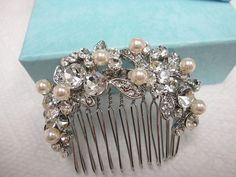 Wedding comb hair accessory,bridal hair piece,bridal hair comb,pearl hair comb,wedding hair comb,Vintage Inspired comb,bridal accessories