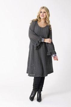 1071ddbee31 Dress lace. Tracee Meyn · Plus Size Fashion