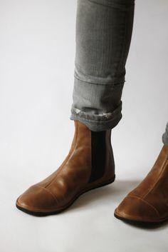 Camper Peu Cami K200514-005 Black Leather Elastic Lace Dark Sole Ladies Shoe