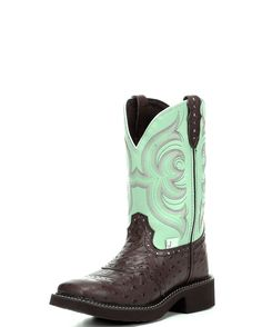 Cowgirl boots. These r a total need!!!