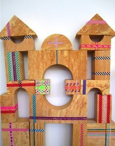 Wooden Play Blocks decorated with Washi Tape! What a great idea to use tape to decorate plain toys. Diy For Kids, Crafts For Kids, Arts And Crafts, Diy Crafts, Wood Crafts, Washi Tape Crafts, Recycling, Kids Wood, Wooden Blocks