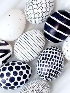 Pintar huevos de pascua en blanco y negro - Biobuu World