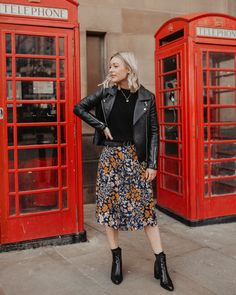 Buy Less: Wardrobe Staples Worth Investing In. - Made Up Style Edgy Outfits, Skirt Outfits, Fall Outfits, Cute Outfits, Fashion Outfits, Womens Fashion, Rock Chic Outfits, Formal Outfits, Easy Style