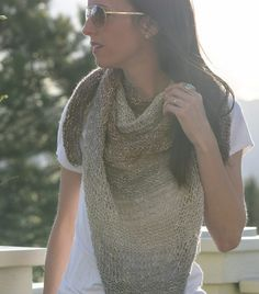 Ravelry: Easy Knit Triangle Wrap pattern by Jessica Reeves Potasz Diy Knitting Scarf, Diy Scarf, Easy Knitting, Knitting For Beginners, Loom Knitting, Knitting Stitches, Shawl Patterns, Knitting Patterns Free, Knitting Ideas