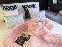Pled Rose Quarz 140x180 Merino Wool Blanket, Plaid, Bed, Interior, Table, Handmade, Etsy, Furniture, Home Decor