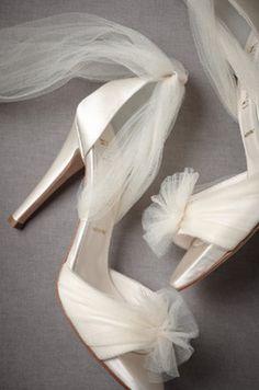 aurora vapor heels