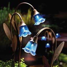 Blue Bell Solar Lawn Stakes ~ Beautiful! Want!