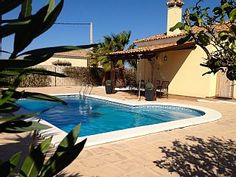Attractive+Detached+Villa+with+Private+Pool+and+gardens+++Holiday Rental in Chiclana de la Frontera from